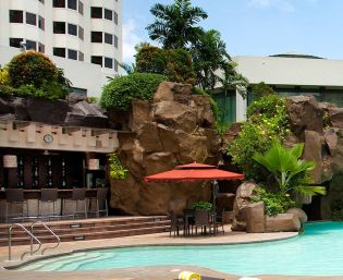 Diamond Hotel - Poolside Bar - 5 Star Hotel In Philippines