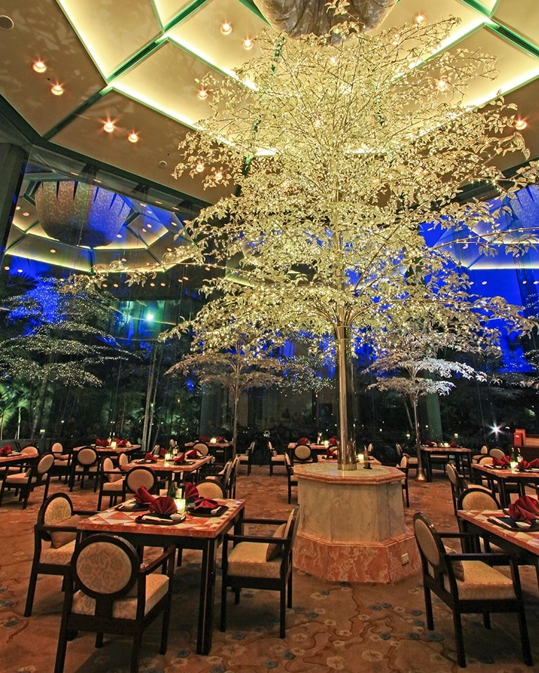 Diamond Hotel - Yurakuen Japanese Restaurant - 5 Star Hotel In Philippines