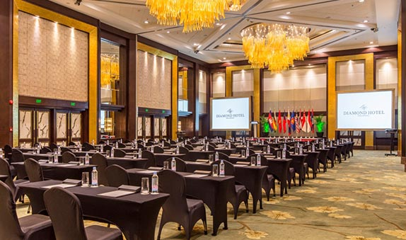 Diamond Hotel - Conventions - 5 Star Hotels In Manila Philippines