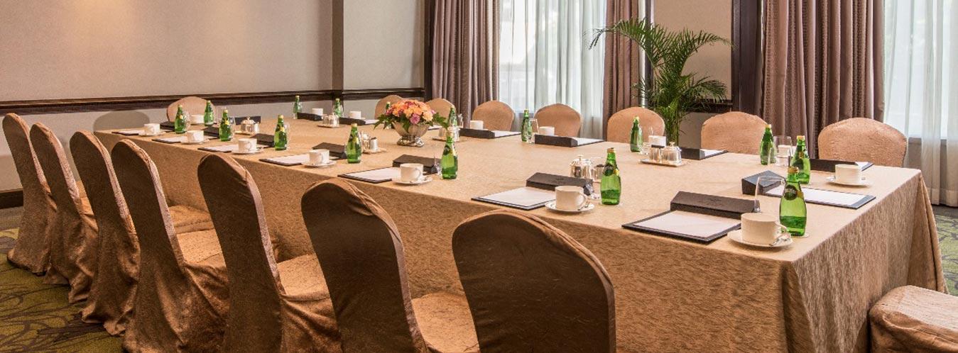 Diamond Hotel - Function Rooms - Best Resort In Manila