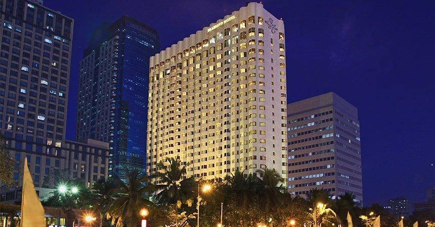 Diamond Hotel - Diamond Facade - Best Hotels In Manila