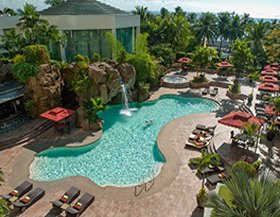 Diamond Hotel - Poolside - 5 Star Hotels In Manila