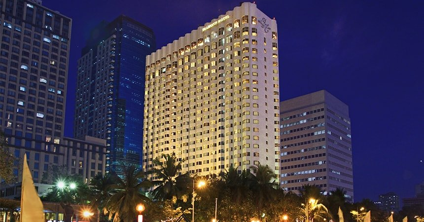 Diamond Hotel - Diamond Facade - Best Hotels In Manila