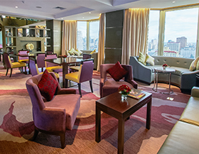 Diamond Hotel - Diamond Lounge - Best Hotels In Manila